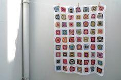 Manta de Quadrados em Crochet - Mi Mitrika