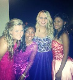 Prom dress , hair , girl , friends , beautiful ♡