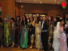 Kurdish dancing
