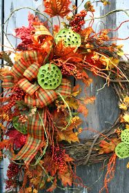 Sweet Something Designs: Dipped Lotus Pod Wreath