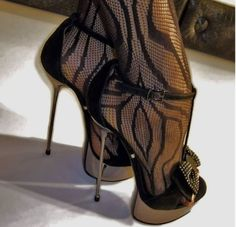 Good Morning Lovers of High Heels For the Blackheels Lovers And the Black Nylons… – Women Trends Hot High Heels, Sexy Heels, High Heels Stilettos, High Heel Boots, Heeled Boots, Stiletto Heels, Pantyhose Heels, Stockings Heels, Stockings Lingerie