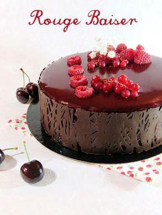 J'en reprendrai bien un bout...: Le Rouge Baiser - Royal Choc & Fruits Rouges -