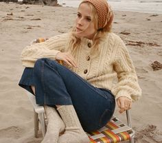 In a soft baby alpaca blend, the DÔEN Cardiff Sweater is the cardigan version of our Fall Serena Sweater. We kept the same cream knit with multicolor flecks Winter Outfits, Cool Outfits, Fashion Outfits, Womens Fashion, Into The Fire, Mode Style, Everyday Fashion, Autumn Winter Fashion, Sweater Cardigan