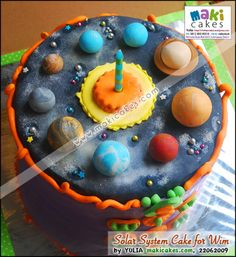 Solar System Birthday Cake!  Awesome!
