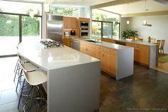 Modern Light Wood Kitchen Cabinets #01 (Kitchen-Design-Ideas.org)
