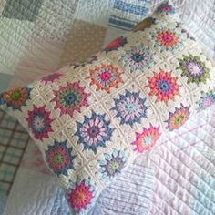 Shabby Chic Crochet Pillow Case, no pattern but could probably improvise