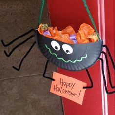 DIY Halloween : DIY Spider Candy Holder  :  DIY Halloween Craft