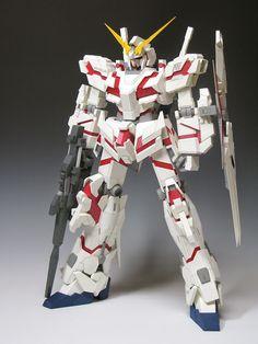 【JUNE】RX-0 UNICORN GUNDAM (Scan version)