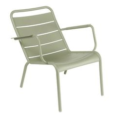 We are the partner for Fermob in New Zealand. Discover the Fermob Luxembourg Low Armchair here. Visit the NZ Fermob experts! Outdoor Armchair, Outdoor Lounge, Outdoor Seating, Outdoor Living, Garden Chairs, Patio Chairs, Outdoor Chairs, Outdoor Furniture, Garden Furniture