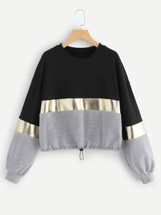Shop Cut And Sew Panel Drawstring Hem Sweatshirt online. SHEIN offers Cut And Sew Panel Drawstring Hem Sweatshirt & more to fit your fashionable needs. Crop Top Outfits, Cute Casual Outfits, Stylish Outfits, Jugend Mode Outfits, Vetement Fashion, Teen Fashion Outfits, Fashion Women, High Fashion, Fashion Dresses