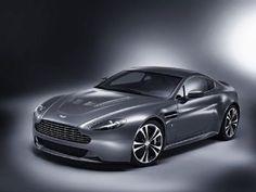 #AstonMartin #V12VantageCoupé. El coupé muy deportivo que no tiene miedo a las altas revoluciones.