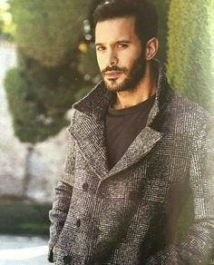 Bariş Arduç Turkish Men, Turkish Fashion, Turkish Actors, Elcin Sangu, Papi Chulo, Tv Awards, Barista, Gq, My Eyes