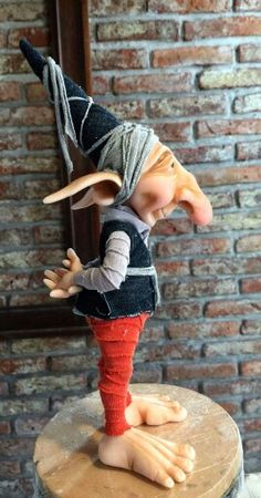Facebook: Taller Oberón Elves And Fairies, Clay Fairies, Woodland Creatures, Magical Creatures, Sculpture Clay, Sculptures, Kobold, Marionette, Fairy Figurines