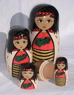 Māori stacking dolls