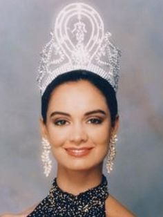 25 Most Beautiful Miss Universe Winners Rated 5 ★★★★★ by the judges Miss Universo1991.De Mexico Lupita Jones