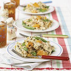 Orange-Wild Rice Chicken Salad ~ This salad boasts wild rice, sugar snap peas, and mandarin oranges.. very easy recipe #salad