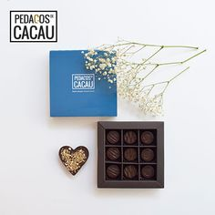 Para uma Mãe Amorosa info@pedacosdecacau.pt Gallery Wall, Frame, Decor, Handmade Chocolates, Mothers Love, Cocoa, Picture Frame, Decoration, Decorating
