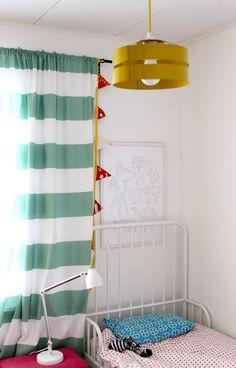 Children's room - Retro lamp - Kotipalapeli Retro Lamp, Baby Rooms, Kids Rooms, Playroom, Childrens Bedroom, Curtains, House Styles, Big Kids, Kid Stuff