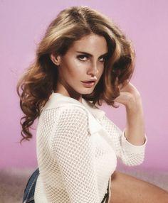 Gimme that hairdo, Lana Del Rey...