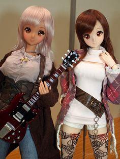Smart Doll Ebony and Mirai Suenaga by HapiBeat