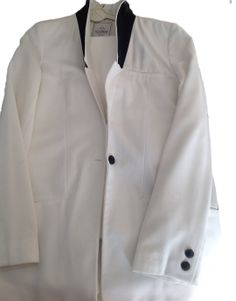 Chaqueta blanco roto Pull and Bear 21.00€