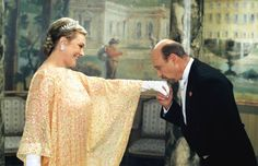 Still of Julie Andrews and Hector Elizondo in The Princess Diaries 2: Royal Engagement