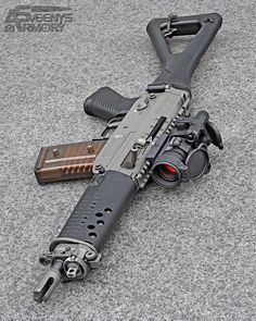 SIG 552-1 Commando [1600x2000][OC] : GunPorn
