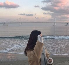 Find images and videos about girl, fashion and style on We Heart It - the app to get lost in what you love. Korean Aesthetic, Aesthetic Photo, Aesthetic Girl, Aesthetic Pictures, Japanese Aesthetic, Aesthetic Pastel, Ulzzang Girl Fashion, Girl Hiding Face, Tmblr Girl