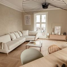 New apartment in warm color palette. The living room is painted with lime paint LADY Minerals 12075 Soothing Beige. Beige Walls Bedroom, Beige Room, Beige Living Rooms, Table Decor Living Room, Rooms Home Decor, Home Living Room, Living Room Designs, Dining Room, Design Salon