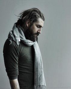 Anthony Bogdan in Samsøe & Samsøe green. Gents Fashion, Dapper, Abs, Turtle Neck, Jaguar, Clothes, Instagram, Green, Style