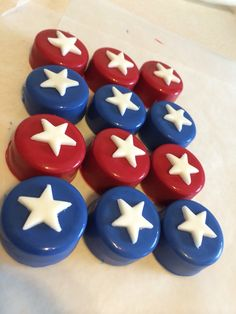 Mini chocolate covered Oreos red , white, and blue Captain America theme