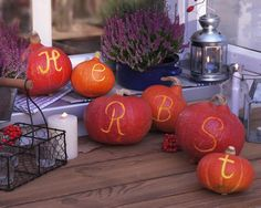 Most creepy costumes aren't simple to make DIY Halloween Decoration Ideas for a Special Halloween are simpler.Celebrate the horror with DIY Halloween Decoration Ideas. Creepy Costumes, Diy Halloween Decorations, Autumn Decorations, Fall Flowers, Autumn Inspiration, Fall Halloween, Decor Crafts, Pumpkin Carving, Special Day