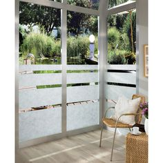 With detail that replicates the look of organic rice paper, this textured window film looks exceptional on shower doors, windows and cabinets. Perfect for blocking unwanted views or bringing a subtle
