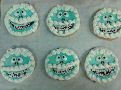 Abominable Snowman!!! Round sugar cookie Cutout!