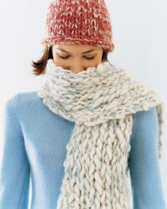Easy Hat And Scarf Knitting Pattern : Easy Knitting Projects on Pinterest Beginner Knitting ...