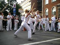 Maculele Abada Capoeira Mons e Namur set 2008. This dance fight reminds of the Pilipino Martial Arts called Arnis.