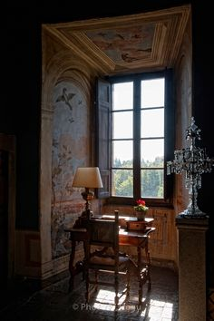 Town and Country Interior Design Vignette, Interior Decorating, French Interior, Scandinavian Interior, Castle Window, World Decor, Interior Windows, Ivy House, Town And Country