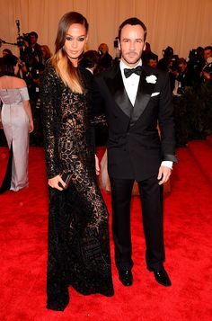 Jesus is the new black... Joan Smalls y Tom Ford  FOTOGRAFÍA: GETTYIMAGES