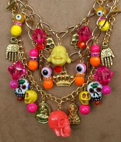 Design your own photo charms compatible with your pandora bracelets. Skelton Arts' Acapulco charm necklace detail - bottom row of charms is a detachable bracelet Skull Earrings, Skull Jewelry, Hippie Jewelry, Beaded Jewelry, Handmade Jewelry, Halloween Jewelry, Biscuit, Diy Necklace, Stone Jewelry