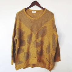 VERY CUTE! Cheetah yellow knit oversized sweater. OSFM in good condition only worn once! Sweaters