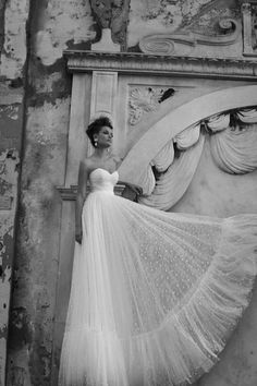Simple wedding dress ...