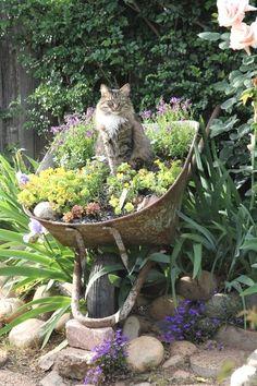 Épinglé par Bonnie Snow sur garden art   Pinterest   Jardins, Déco ...