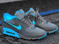 aa40755b924 Nike Air Max 90 iD Nike Trainers