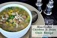 slow cooker chicken and bean chili recipe, made with dry beans.  Hurst HamBeens #DryBeans #ChickenChili #recipe #SlowCooker