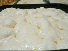Easy Focaccia Bread Recipe, Focaccia Pizza, Pizza Recipes, Cooking Recipes, Charcuterie, Food C, Salty Cake, Pizza Dough, I Love Food