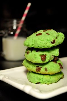 Green Leprechaun Mint Chocolate Chip Cookies | apartment 302