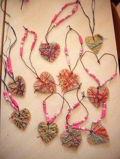 21 Best Valentine's Day Crafts for Kids images in 2020 Valentines Day Sayings, Kinder Valentines, Valentine Activities, Valentine Day Crafts, Valentine's Day Crafts For Kids, Mothers Day Crafts, Art For Kids, Pinterest Valentines, Preschool Art