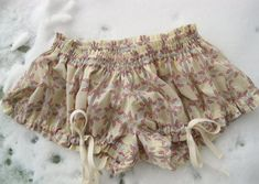 Mini bloomers pattern from Colette - free pattern and tutorial