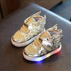 New kids scarpe luminose con led ala bambino Moda Per Bambini Sneakers  Bambini Scarpe Chaussure Enfant 5d1e4b375936