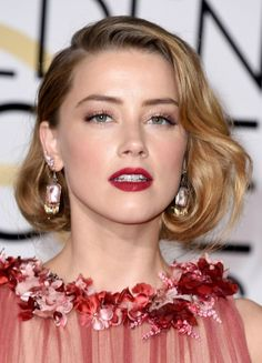 2016 golden globes amber heard